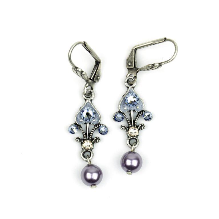 Spaded Pearl Earrings